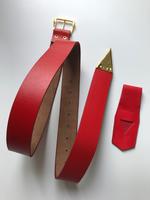Ceinture cuir rouge avec porte épée